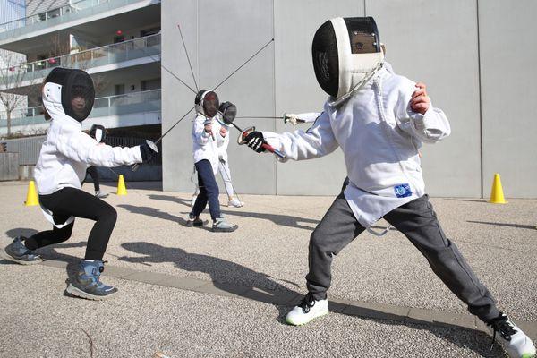 Lors de la journée olympique organisée le 23 juin en Alsace, petits et grands pourront s'initier à l'escrime.