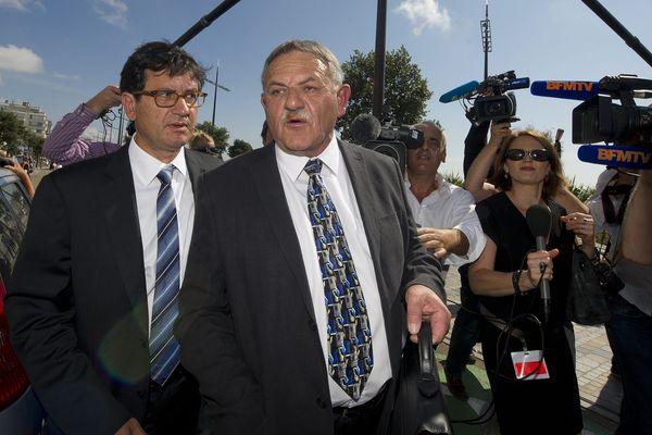 René Marratier, maire de la Faute-sur-Mer de 1989 à 2014 à son arrivée au palais de justice des Sables d'Olonne pour le procès Xynthia