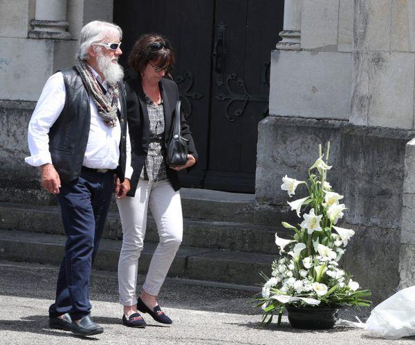 Didier et Cécile Noyer, les parents du jeune caporal, aux obsèques de Maëlys de Araujo, le 2 juin 2018 à La Tour du Pin
