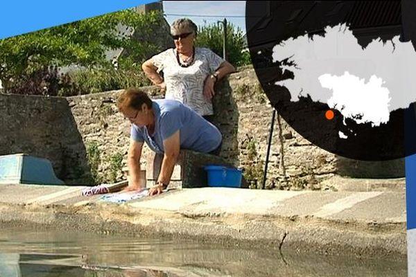 Yvonne et Annie, les deux dernières laveuses de Locmaria