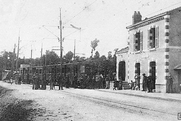 La gare de Saint-Mathieu faisait partie de la ligne 1 de tramway