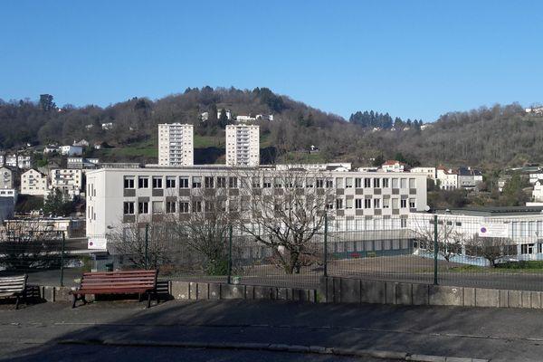 Le préjudice s'élèverait à plus de 60 000 euros au collège Victor Hugo de Tulle.