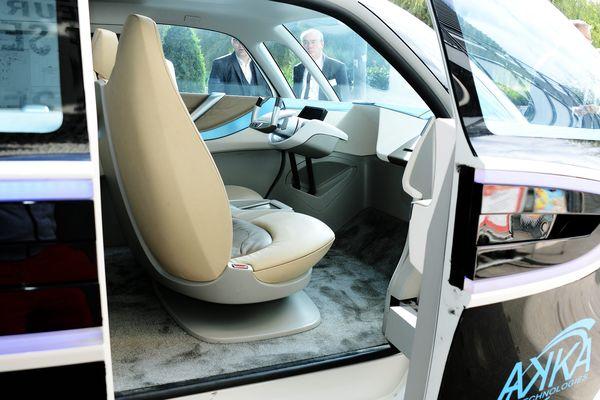 Une voiture autonome.