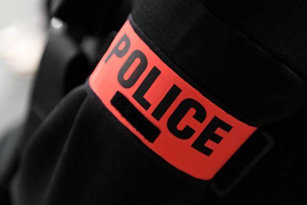 Interpellation par la police du Bas-Rhin de douze membres d'une association criminelle internationale.