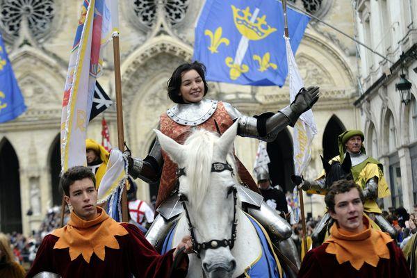 Félicité Lemaire de Marne incarne Jeanne d'Arc pour la 585e édition des fêtes johanniques en 2014