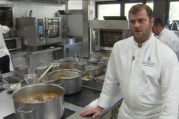 Christopher Coutanceau en cuisine