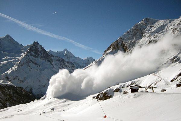 [Illustration] Avalanche à Zinal, Valet Suisse