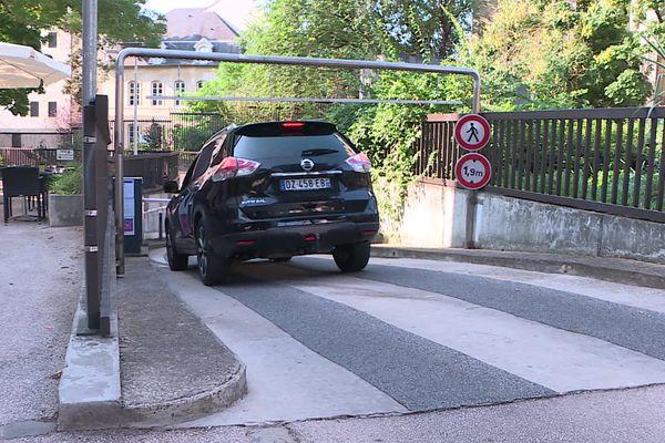 Le parking Trémouille propose 450 places de stationnement aux usagers.