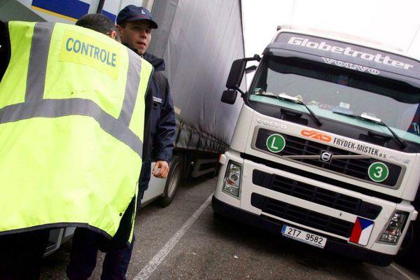 25 excès de vitesse constatés sur les routes de Charente pendant cette opération ciblée sur les poids-lourds