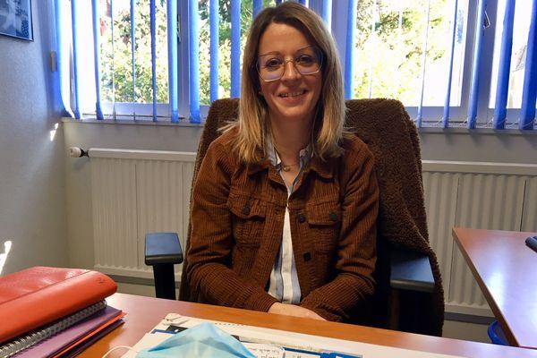 Vanessa Descoubès, assistante sociale de formation, est cheffe du service Action sociale au CCAS de Thouars (79)