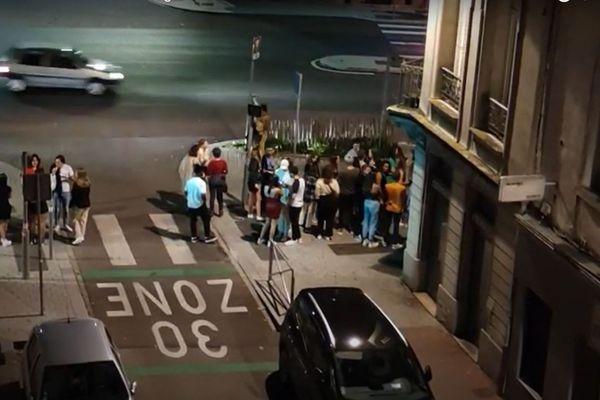 Les riverains de l'Ibiza Club de Rouen n'en peuvent plus des nuisances la nuit.