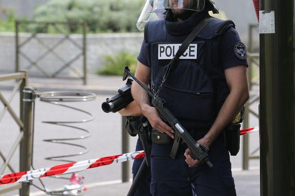L'homme a été interpellé par les forces de police au petit matin à Wattignies ce mardi.