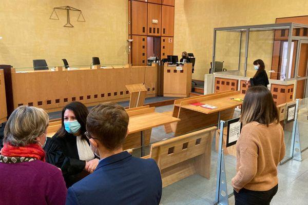 Nîmes - un père de famille au tribunal pour avoir proféré des menaces de mort contre le directeur de l'école Jean Moulin et une enseignante - 19 janvier 2021.
