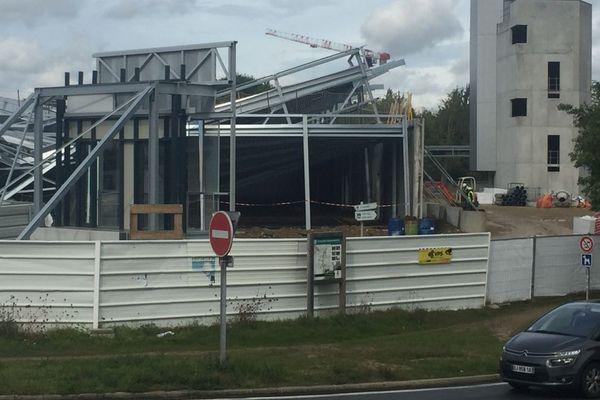 La structure du garage du futur centre de secours de Lorient s'est en partie écroulée