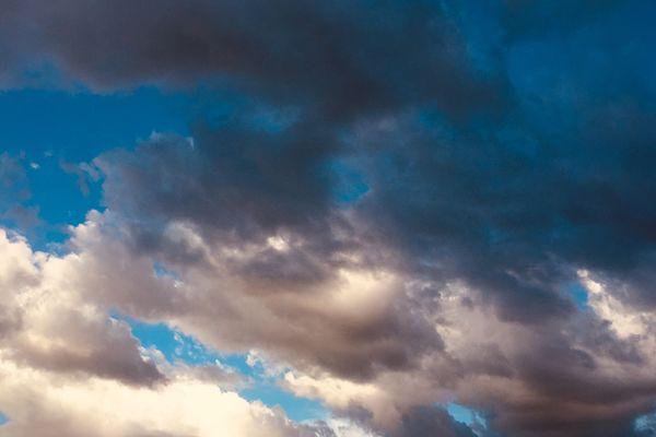 Météo France prévoit de nouvelles perturbations sur la région Auvergne-Rhône-Alpes à partir du dimanche 10 mars. Même si la situation météorologique reste moins alarmante que mercredi 6 mars.