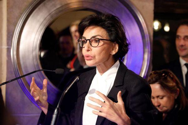 Rachida Dati a organisé sa première réunion publique de campagne dans un café du 20e arrondissement de Paris.