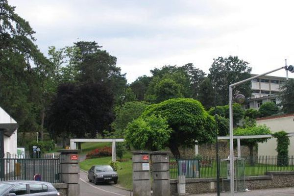 Le lycée Louis Bascan de Rambouillet
