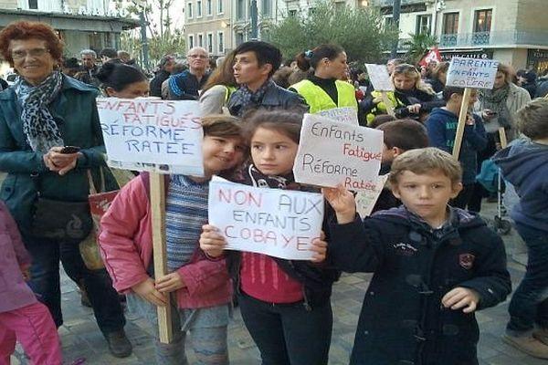 Narbonne (Aude) - manifestation contre la semaine de 4,5 jours - 13 novembre 2013.