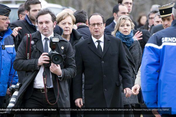 Mercredi 25 mars, au lendemain du drame, la Chancelière allemande et le Président français arrivent au Vernet.