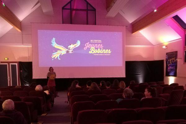 Des enfants assistent à une projection au Festival Jeunes bobines le 26 décembre.