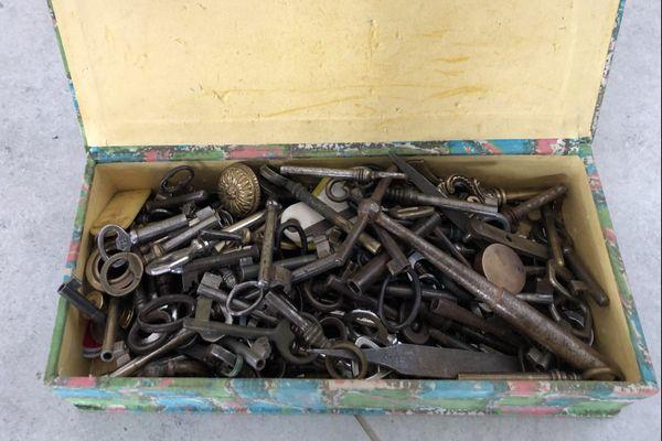 Première clé testé sur le compartiment fermé du coffre, bingo !