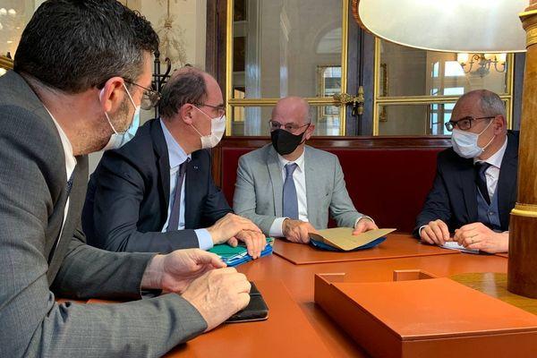 Entretien le 8 juin entre les députés missionnés Yannick Kerlogot et Christophe Euzet, le Premier ministre Jean Castex et le ministre de l'Education nationale Jean-Michel Blanquer