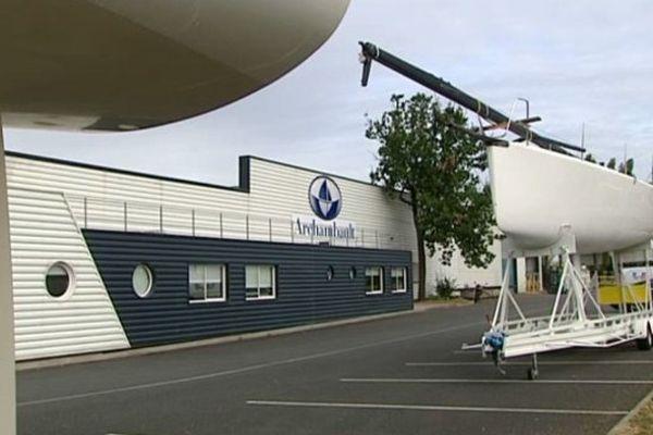 Le chantier naval Archambault sur la RN 10 au nord de Châtellerault