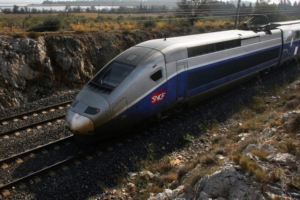 Photo d'illustration d'un TGV dans les Pyrénées-Orientales.