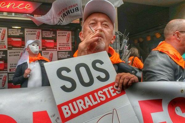 L'action des buralistes samedi rue du 22 Novembre à Strasbourg