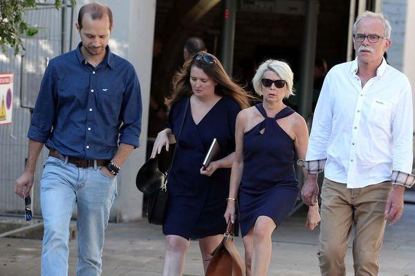 Le beau frère, la soeur et les parents d'Alexia Daval ont été entendus par le juge d'instruction à Besançon.