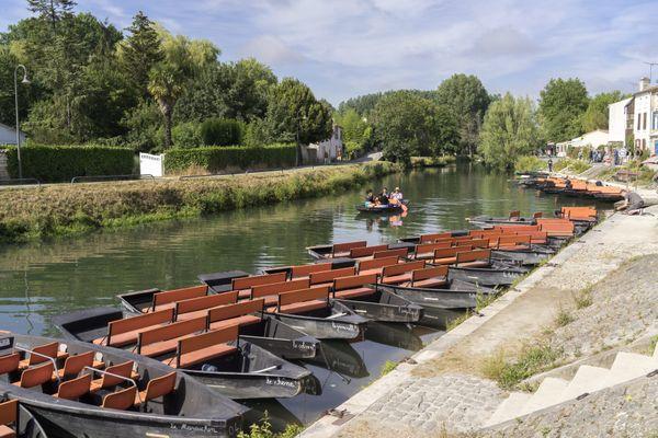 Les promenades en barque à plus de six personnes seront-elles interdites ?