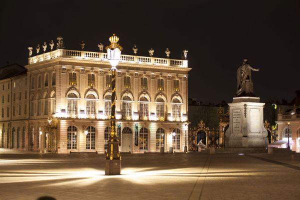 Aussi belle de jour que de nuit, la place Stanislas à Nancy.