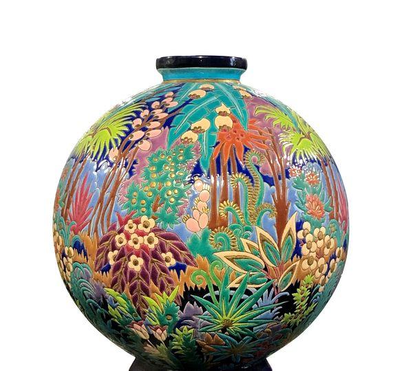 Le premier vase boule en 1931.