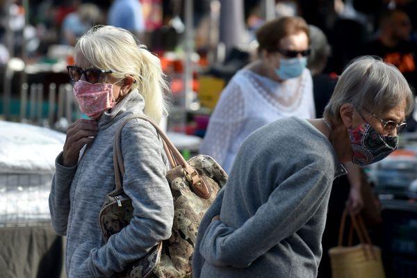 En Franche-Comté, le port du masque est obligatoire aux abords des marchés et dans certaines zones des grandes villes.