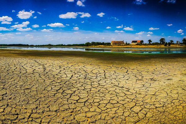 (La Haute-Vienne est en situation de sécheresse et les usages de l'eau sont désormais soumis à des restrictions. (Illustration)