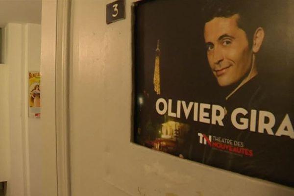 L'humoriste Olivier Giraud joue de la réputation des Parisiens pour faire son spectacle.