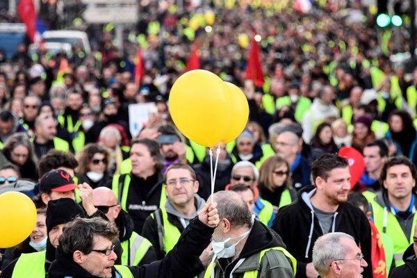 La manif des gilets jaunes à Marseille le 19 janvier