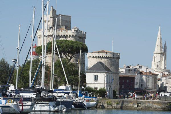 Après deux ans de travaux, le Vieux Port de La Rochelle offrira un nouveau visage.