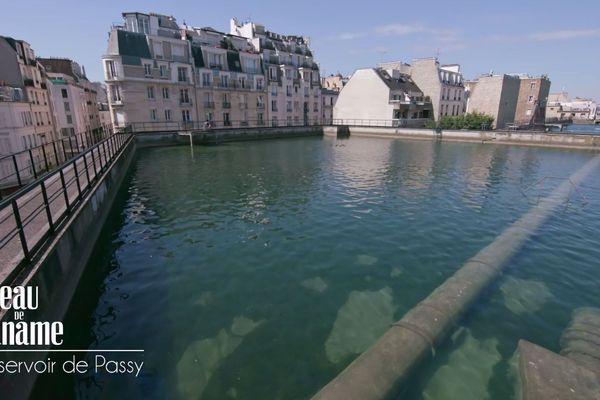 Construits à partir de 1858, ces bassins servaient à l'époque à alimenter les fontaines.