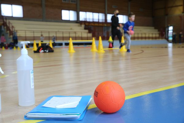 Les clubs de handball amateurs craignent une fuite des licenciés en septembre prochain.