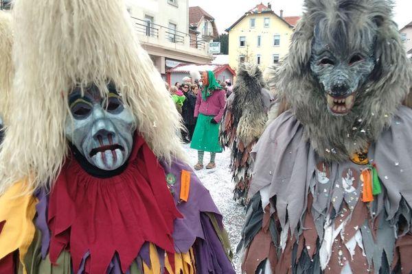 Image d'archives du carnaval de Maîche.