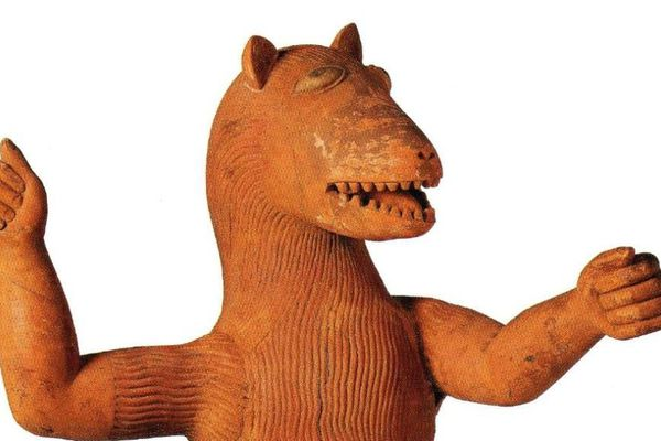 Statue du roi Glélé, mi homme mi animal