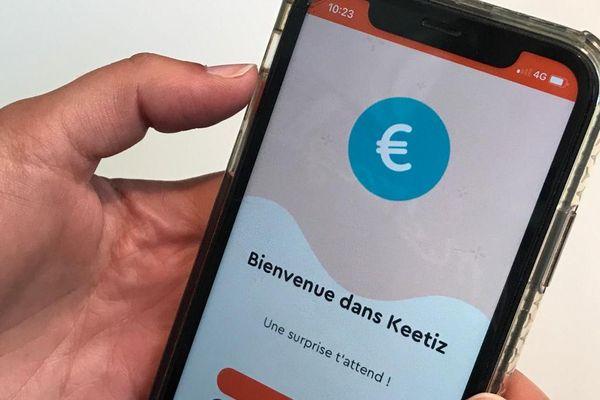 """L'application permet aux commerçants de proposer du """"cashback"""" à leurs clients."""