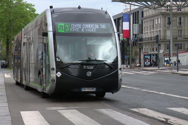 Un bus Nemo de la ville d'Amiens, le 10 mai 2020