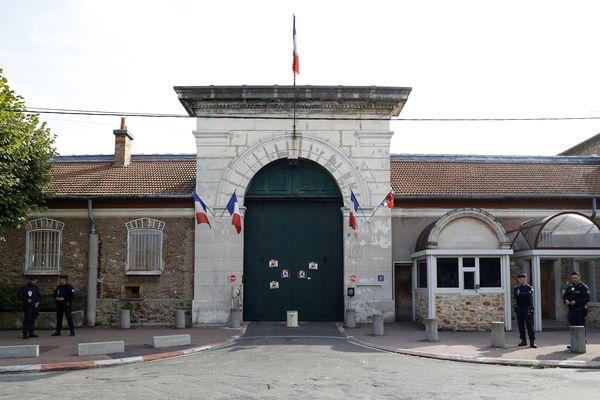 L'entrée de la prison de Fresnes, photographiée en 2016.