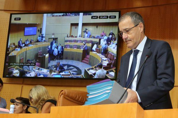 Qui prendra la place de Jean-Guy Talamoni, qui a quitté les bancs de l'Assemblée de Corse ?