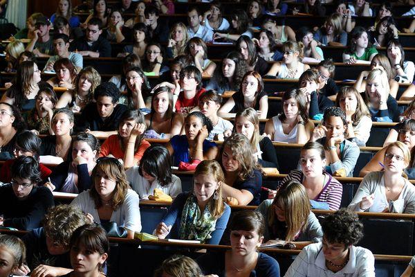 Les étudiants de Nantes voient leur budget logement et transport augmenter en 2018