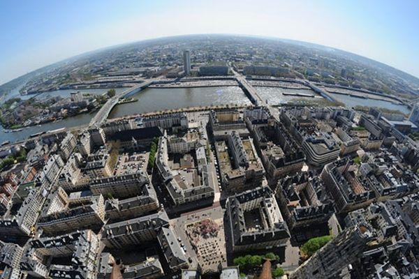 """La ville de Rouen photographiée par un objectif """"fish eye"""""""