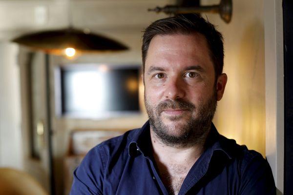 """Aurel, le réalisateur du film """"Josep"""""""