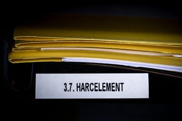 Un homme jugé pour harcèlement après le suicide de sa compagne a Chambéry a été relaxé. (Illustration)
